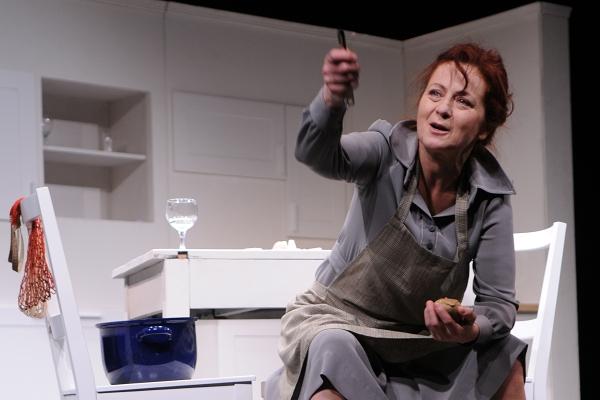 """ROZHOVOR MĚSÍCE: SIMONA STAŠOVÁ: """"Nebyla bych herečkou, kdybych se nenarodila mámě"""""""