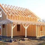 DŘEVOSTAVBA SVÉPOMOCÍ: SKELET jako stavebnice OD STYLOVÝCH domů