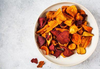 RECEPT: Výtečné zeleninové chipsy