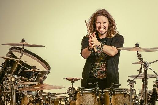 Soutěž o vstupenky na koncert Miloš Meier – Drumming Syndrome v jabloneckém Eurocentru