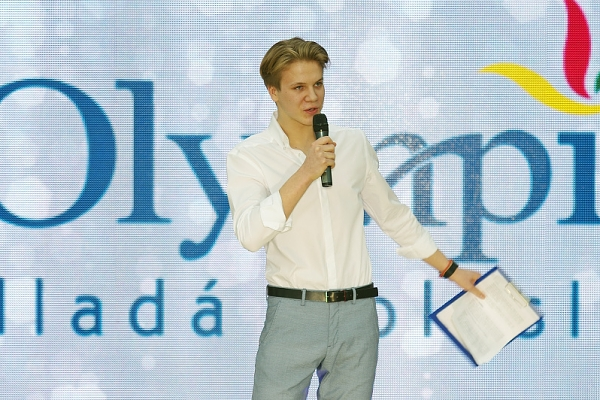 Olympia Fashion Show 2017 Zdenek 002-hlavicka