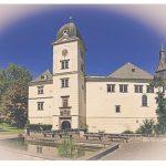 Karel des Fours Walderode má dle Semilského soudu nárok na pozemky na Turnovsku. Je jich téměř 1500