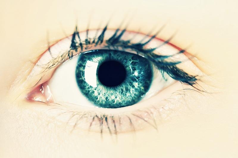 SEDM DŮVODŮ, PROČ SE NEBÁT ESTETICKÉ OPERACE OČÍ