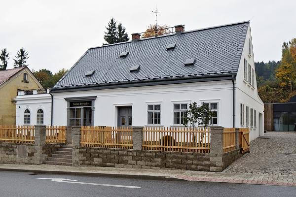 Zrekonstruovaný rodný dům Ferdinanda Porscheho je velkým zážitkem